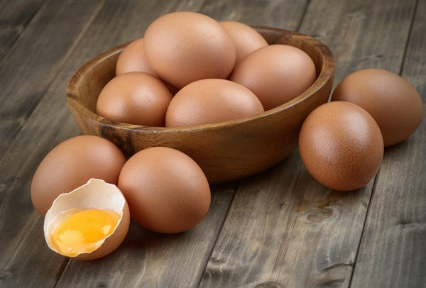 What is the profit percentage for egg farming